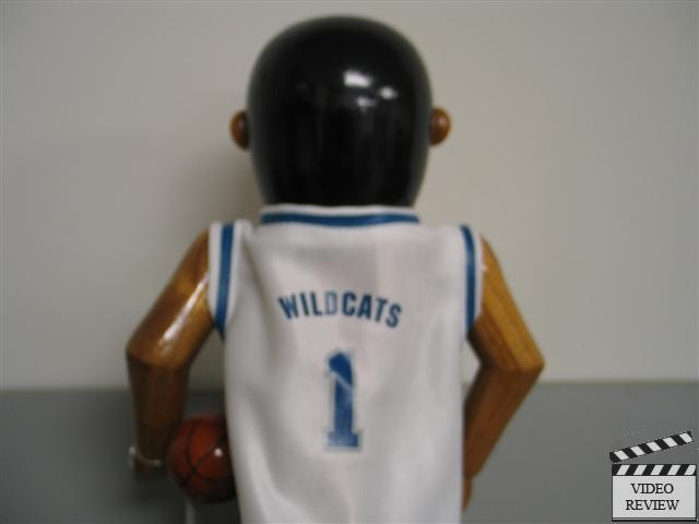 Univ Of Kentucky Basketball Player Nutcracker 390